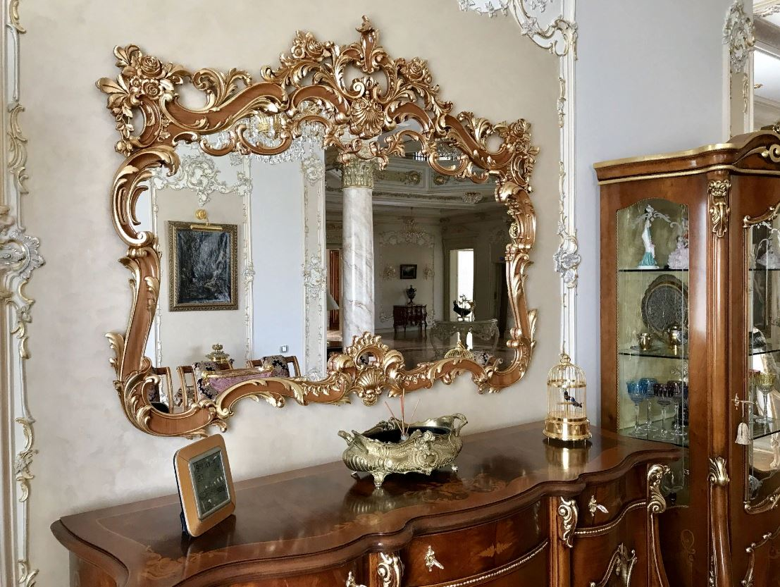 Как почистить зеркало без разводов