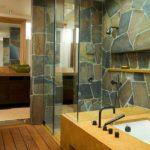Камень в интерьере ванной комнаты
