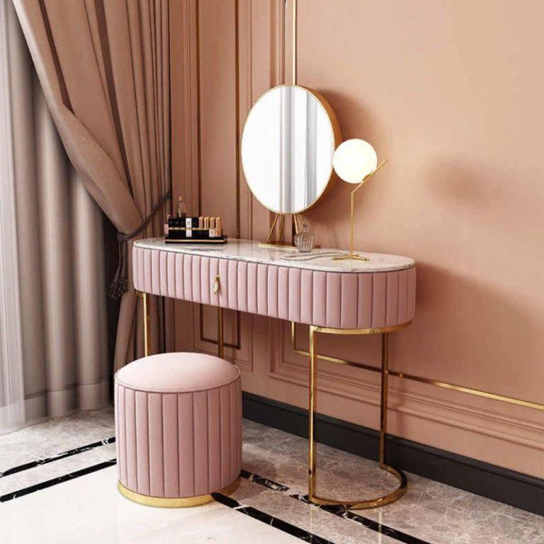 Туалетный столик: как выбрать самый модный
