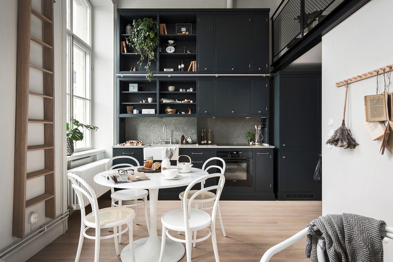 Черная кухня в интерьере: дизайн, фото