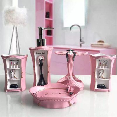 Розовые идеи декора ванной комнаты